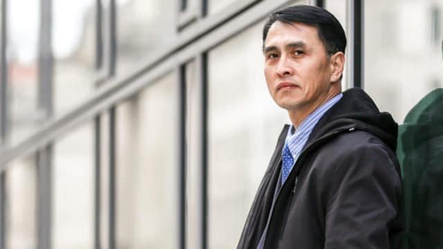 <b>EN EL NEGOCIO DE LA VERDAD</b> Sr. Yu Ming, Washington, 19 de  febrero de 2019. El Sr. Yu llegó a los Estados Unidos para reunirse con su esposa e hija en enero de 2019, con la ayuda del Gobierno de los Estados Unidos, después de haber sido encarcelado durante 12 años y torturado casi hasta la muerte en campos de trabajo forzado en China por su creencia en Falun Dafa.